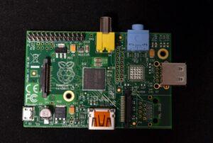 RaspberryPiModelB_020513-copy-617x416